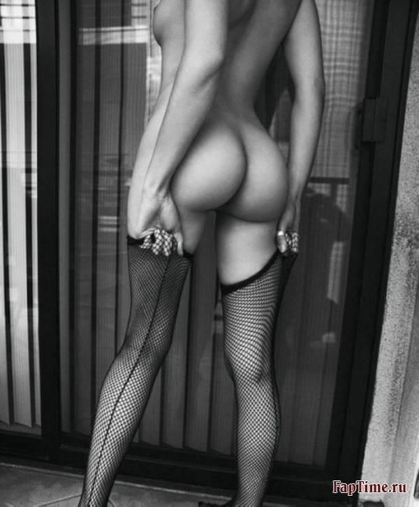 красивые и чёрни большые красивые попы белые фото девушки голые