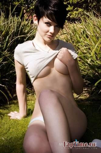 Mellisa Clarke, фотосессия и немного частных фото