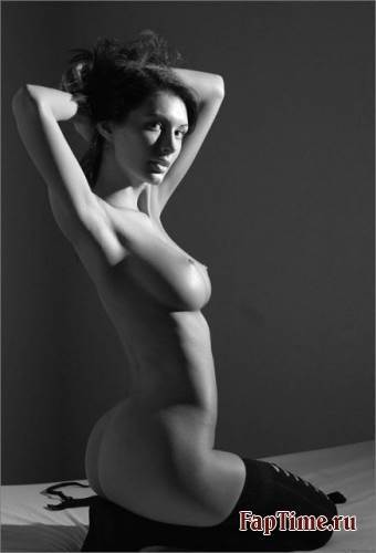 mariupol-devushki-eroticheskie-foto
