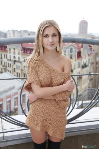 Candice B