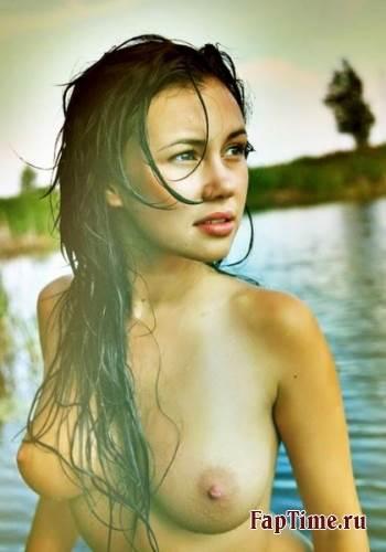 Фото голых девушек на пляже