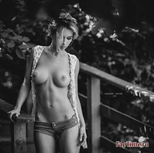 Супер эротичные фотосеты от профи.