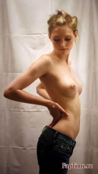 Голые и естественные, приват фото девочек.
