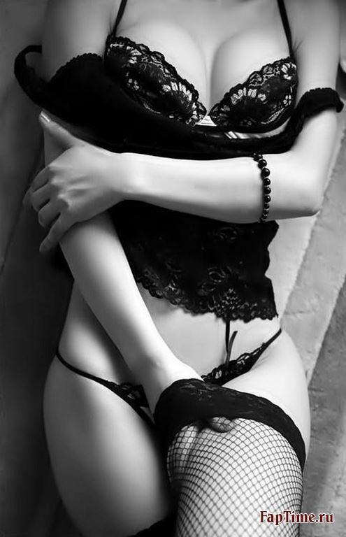 Фото девушек в белье и без него...