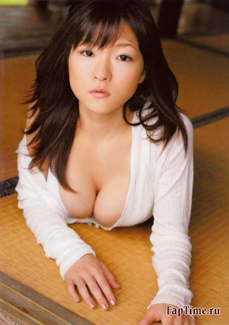 Horri Mizuki - японка с большими сиськами